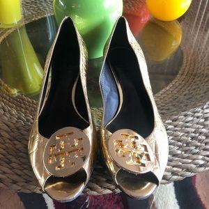 Shiny Gold Open Toe Flats